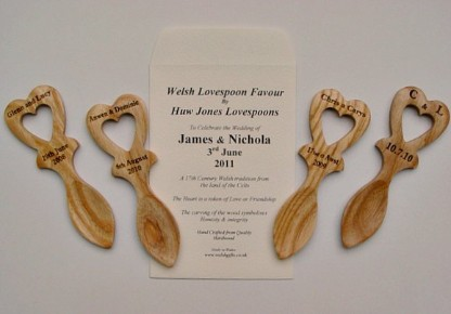 wedding favour love spoons s